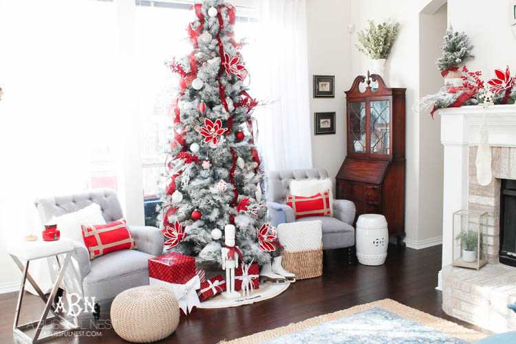 gorgeous red and white christmas tree dcor ideas make your own classic christmas tree with - White Christmas Tree With Red Decorations