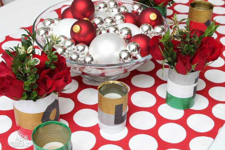 Simple DIY Holiday Table Decor Centerpiece