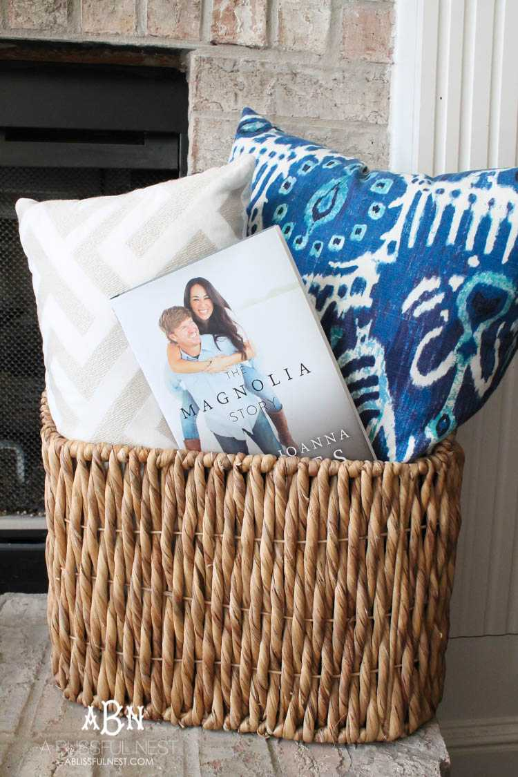 If you love Fixer Upper then you will love their book that just hit the shelves! Love the story of how Magnolia Home came to be! More on https://ablissfulnest.com/ #fixerupper #magnoliahome