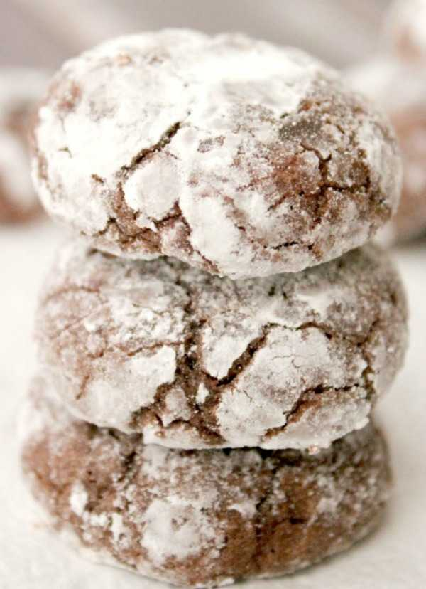 Super Moist Brownie Cookies, 30 Delicious Christmas Cookie Recipes via A Blissful Nest