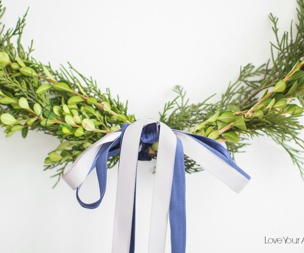 Simple and Minimal DIY Foraged Wreath Tutorial