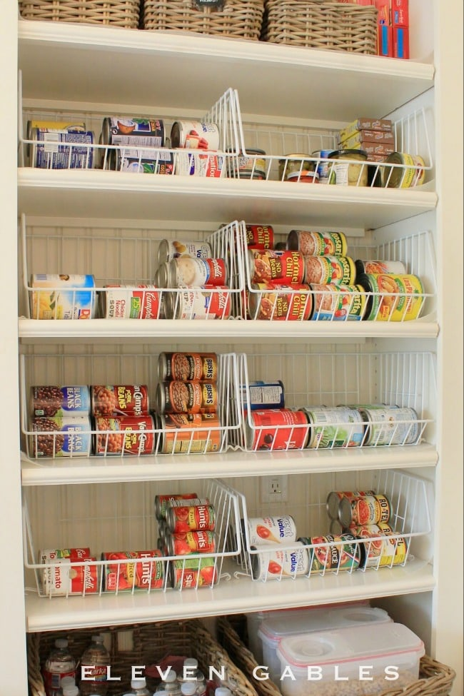 These are THE BEST pantry organization ideas! So many ideas to get your pantry in tip top shape. See more on https://ablissfulnest.com/ #pantryorganization #organizationideas