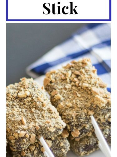 Learn how to take a spin on a family favorite... how to make s'mores on a stick! See it all on https://ablissfulnest.com/ #S'mores #FunFoodIdeas