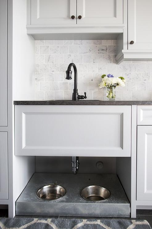Going Beyond The Kitchen Sink – What to Use a Laundry Room Sink For