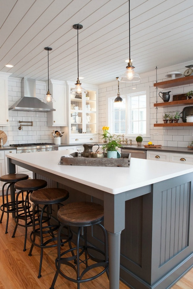 via HomeBunch 1 - Get Small Farmhouse Kitchen Decor Images