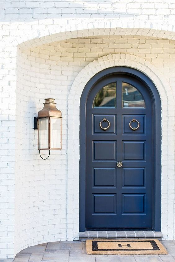 These are the BEST front door paint colors to add to your curb appeal! See