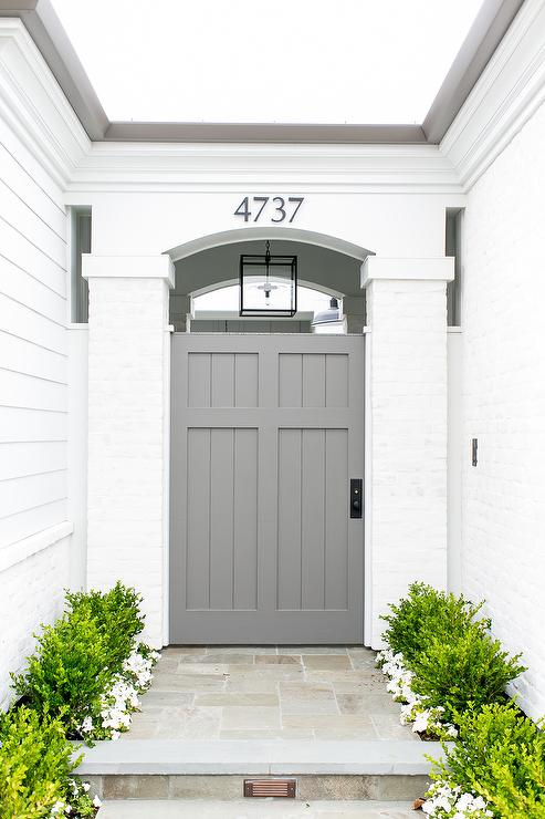 Front door paint colors to create gorgeous curb appeal - Front door colors for grey house ...