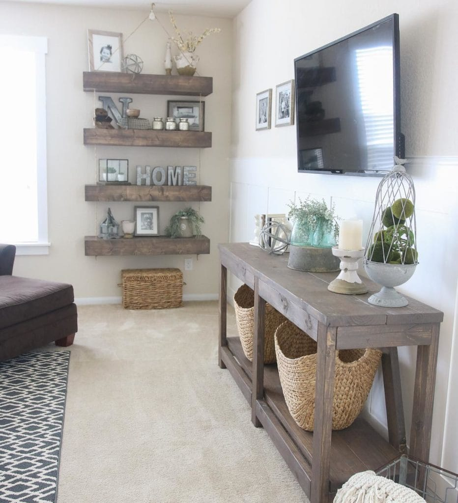 40 Rustic Living Room Ideas To Fashion Your Revamp Around: Family Friendly Living Room Ideas