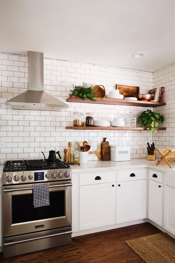 Farmhouse Kitchen Styling Open Shelves