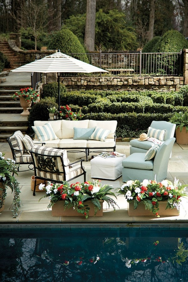 These are 20 Gorgeous Backyard ideas to inspire you to get yours ready for the season! See more on http://ablissfulnest.com/ #backyard #patio #designtips