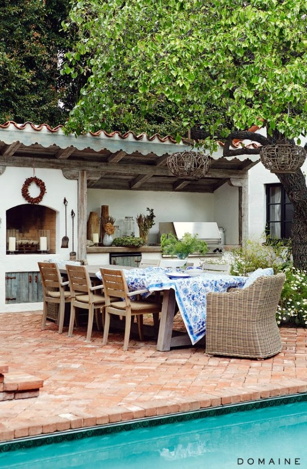 These are 20 Gorgeous Backyard ideas to inspire you to get yours ready for the season! See more on https://ablissfulnest.com/ #backyard #patio #designtips