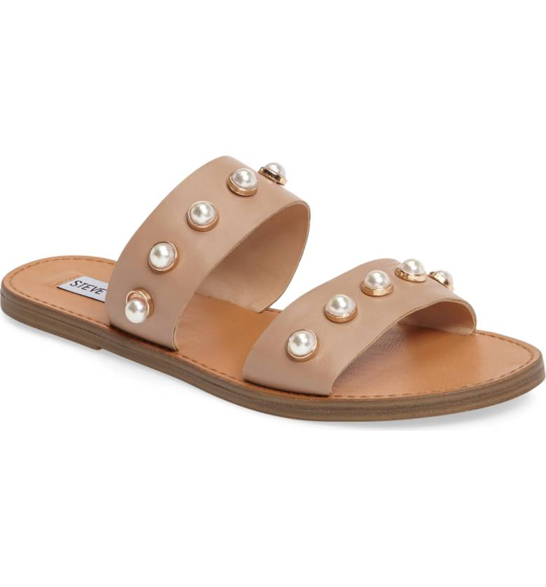 Such cute sandals for the summer!