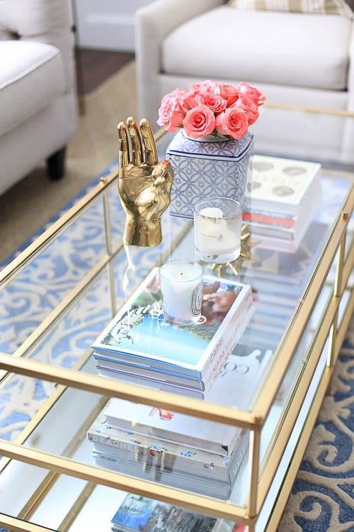 How to Style A Coffee Table - Coffee table styling is easy with these 5 tips, find out more at https://ablissfulnest.com/ #designtips #interiors