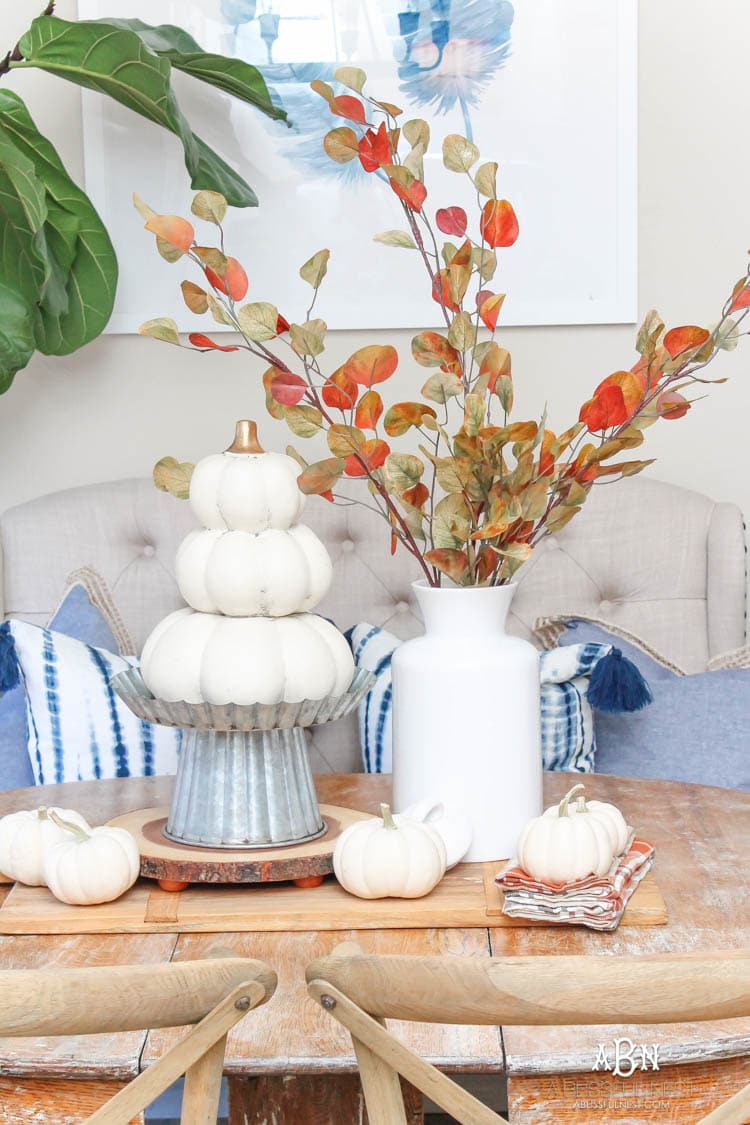 Full of rich jewel tones for fall, come visit my fall home tour! See more on https://ablissfulnest.com/ #falldecor #falldecorideas #falli