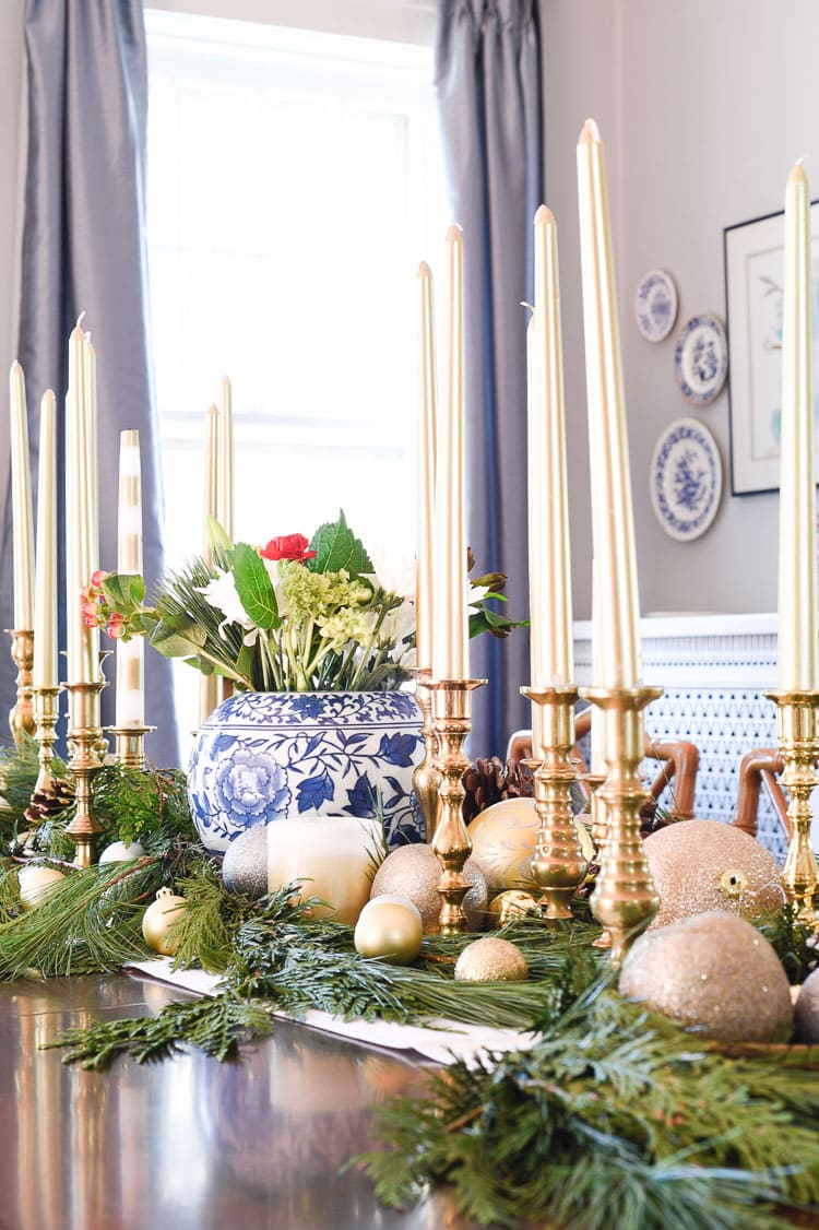 How to style your holiday table and mantel with vintage inspired holiday décor pieces, for more visit https://ablissfulnest.com #holidaydecor #holidaytablescape #holidaymantel