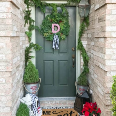 Christmas Home Tour: Classic Christmas Porch and Dining Room