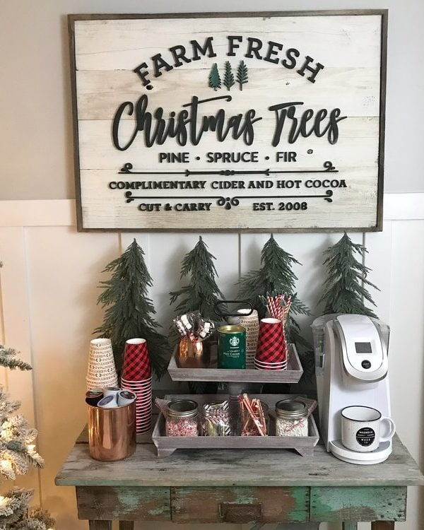 How to Style a Hot Cocoa Bar for the Holidays!