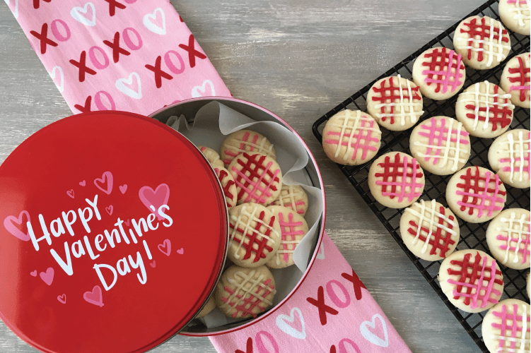 Plaid Valentine's Day Melting Moments Cookie Recipe