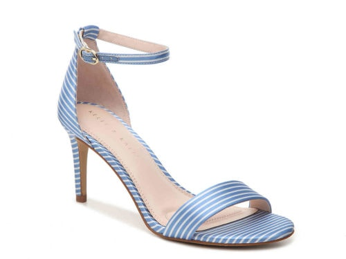 Add a pop of color to your summer outfit with these cute heels in blue and white! #shoes #summeroutfit #outfitideas