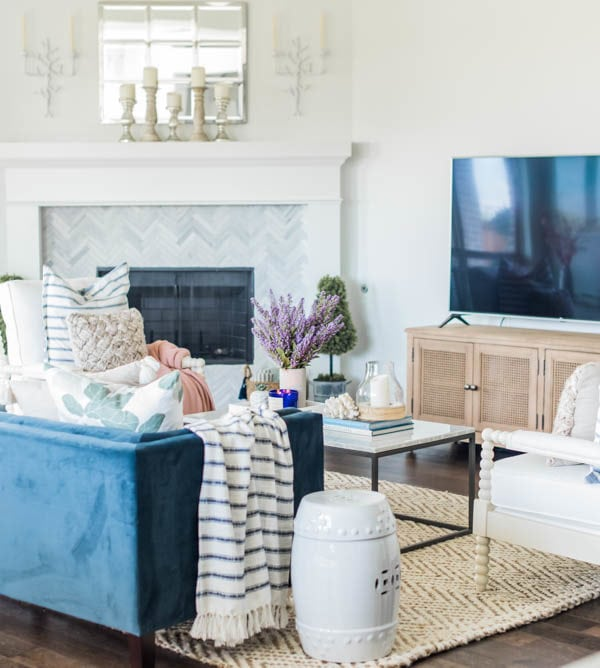 Loveliest Looks of Summer Tour + Summer Living Room Home Decor Ideas