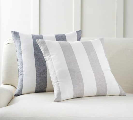 Everyone needs this staple pillow pattern!