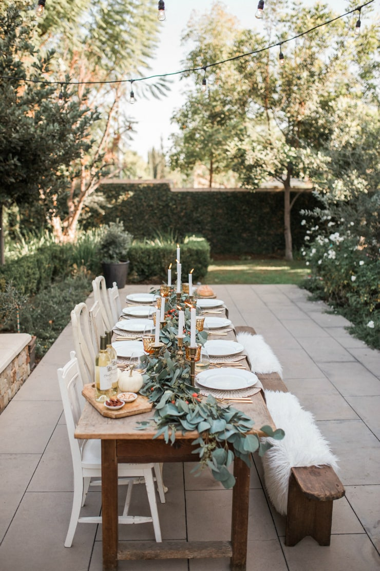 If you love a rustic look with a modern pop then this Thanksgiving table is for you!