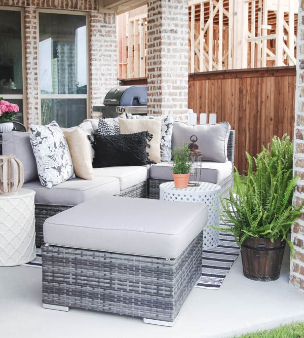 5 Ways to Update Your Patio For Spring