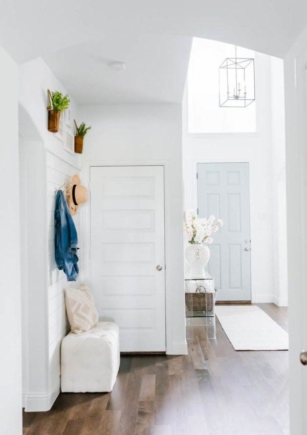 Summer Decor Ideas for The Entryway