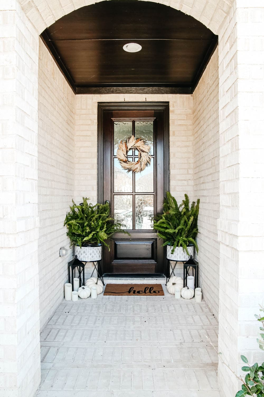 Neutral Fall Front Porch Touches