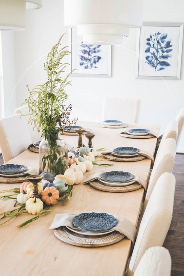 A beautiful fall farmhouse tablescsape from Farmhouse Living!