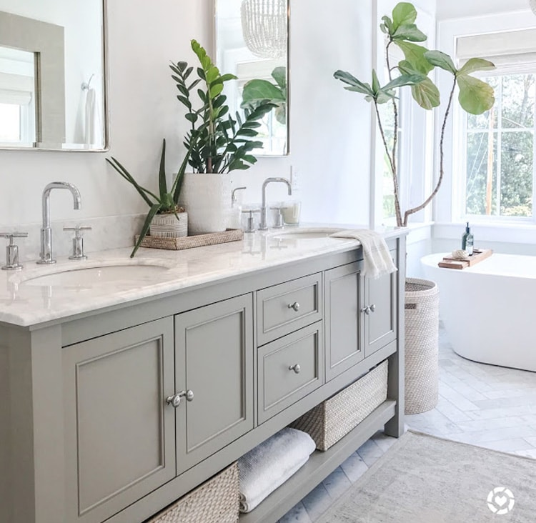 The most beautiful master bathroom update from Design Sixty Five!