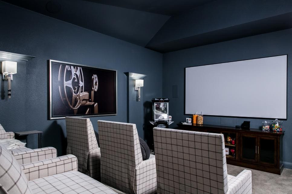 Create a family-friendly media room space with this tips + ideas. #ABlissfulNest #mediaroom #designtips