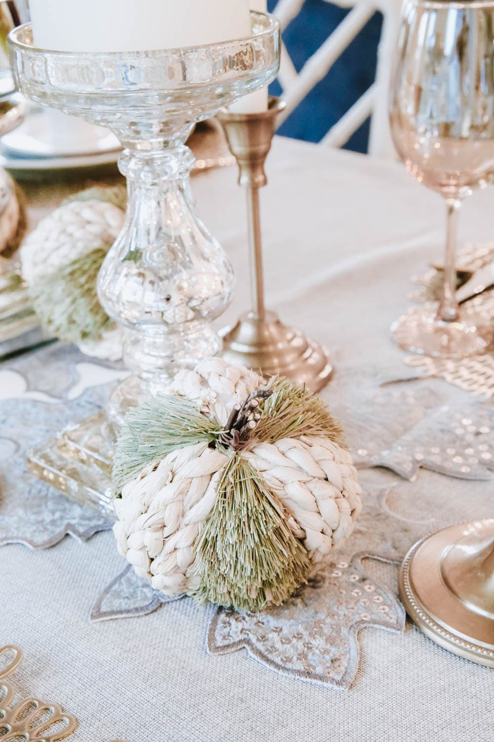 Natural pumpkins are an easy way to bring in texture to a tablescape. #ABlissfulNest #falldecor #thanksgiving