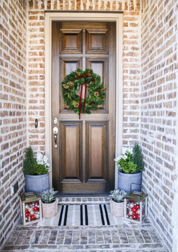 Christmas Front Porch Reveal 2019