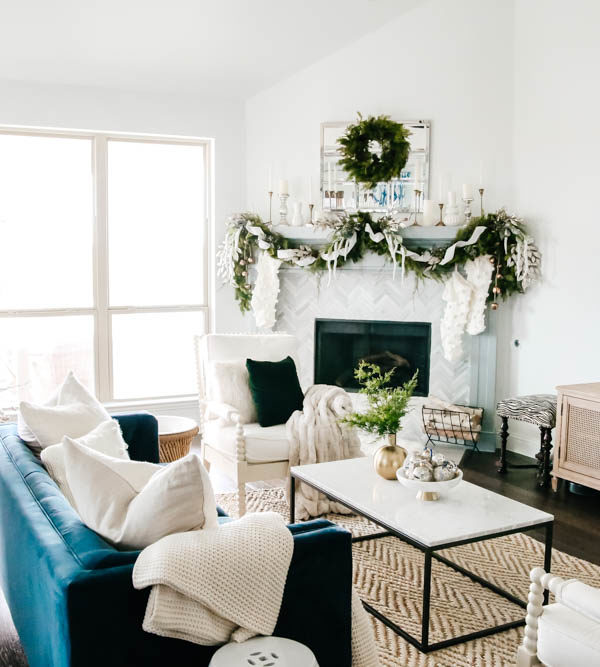 Winter Green Christmas Home Tour