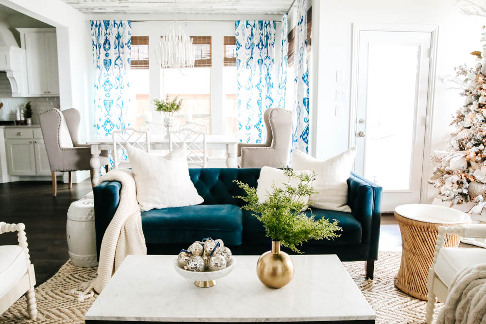 Soft holiday decor in this blue and white living room. #ABlissfulNest #Christmasdecor #holidaydecor
