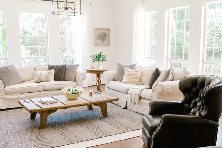 The most beautiful, coastal farmhouse living room by Farmhouse Living!