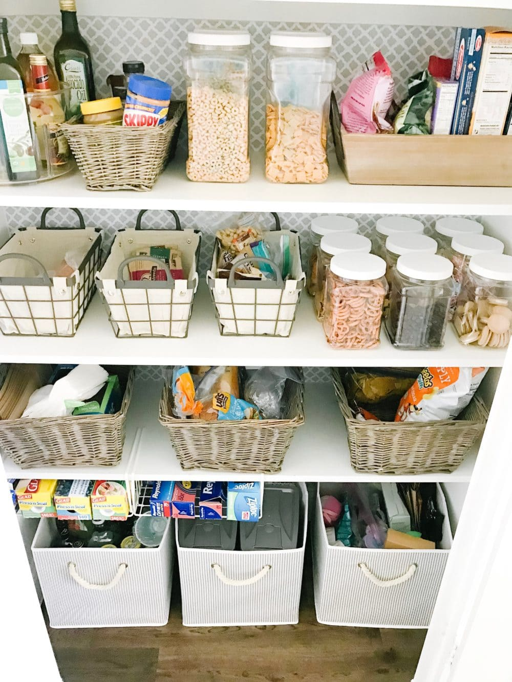 Create an organized pantry with these tips! #ABlissfulNest