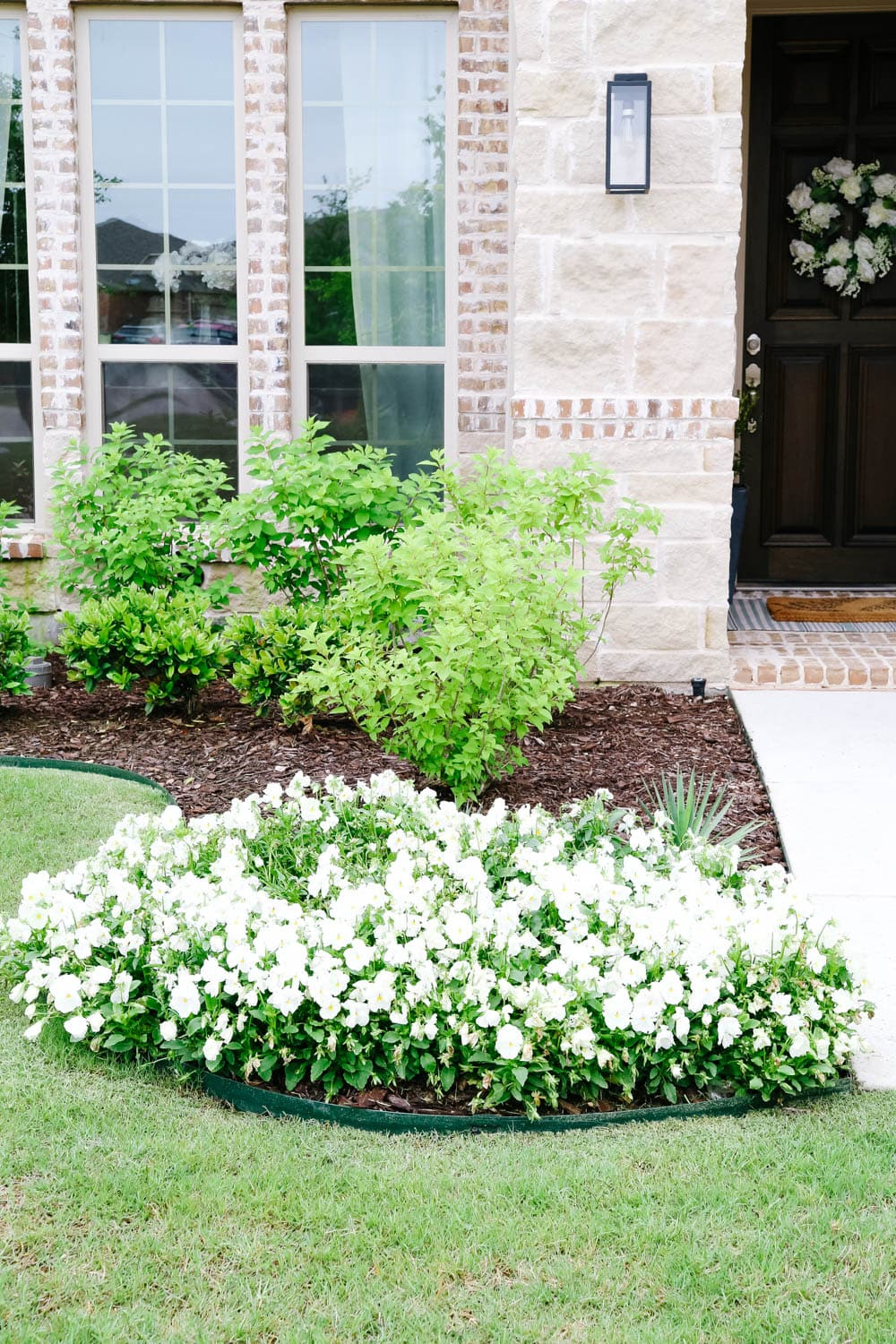 Update your home and increase the value with these affordable tips. #ABlissfulNest #gardening #curbappeal