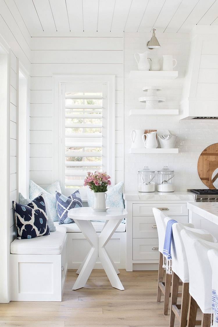 The prettiest beach cottage tour by 'Beach Pretty' is simply stunning! I love everything about it.