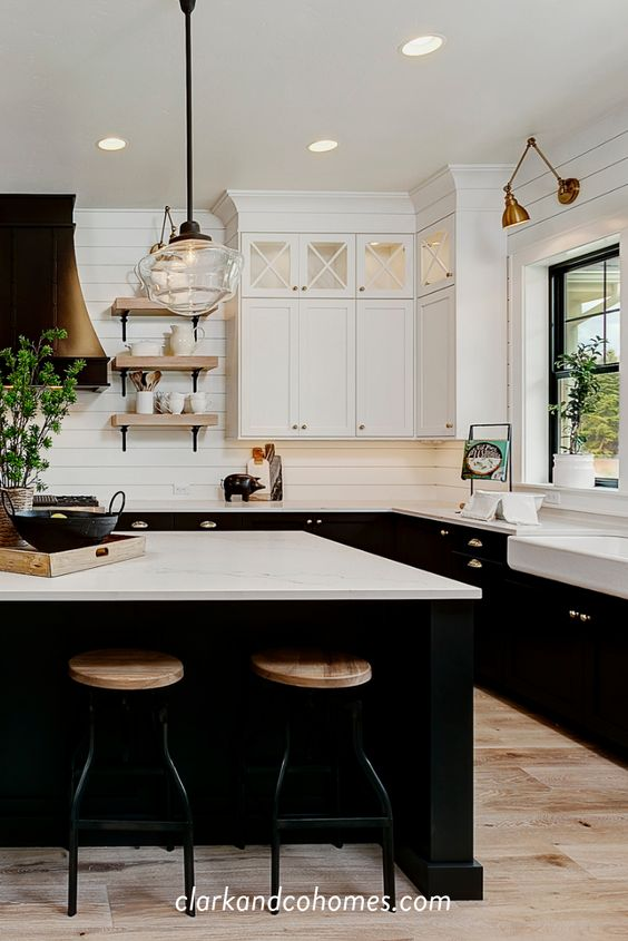 Gorgeous black kitchens with industrial farmhouse accents.