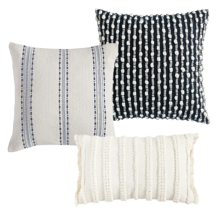 A super pretty and textured pillow combo to try this spring! #ABlissfulNest
