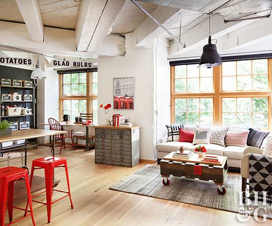Eclectic room with clean wood floor