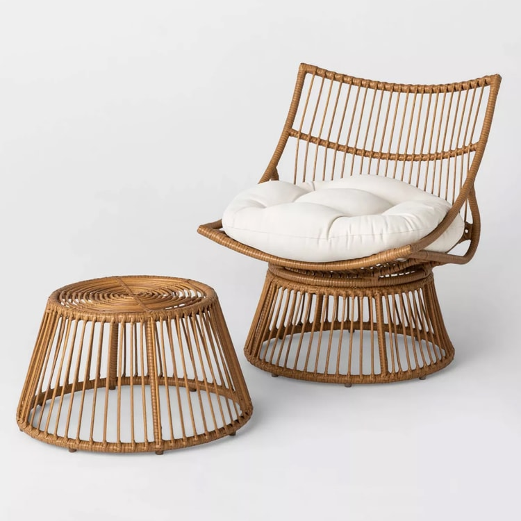 This patio set is chic, affordable and would look great in your outdoor space! #ABlissfulNest