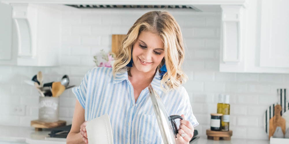 From baking to dinner recipes, these are the most popular and best selling cookbooks! #ABlissfulNest #cooking #cookbooks #dinnerrecipes