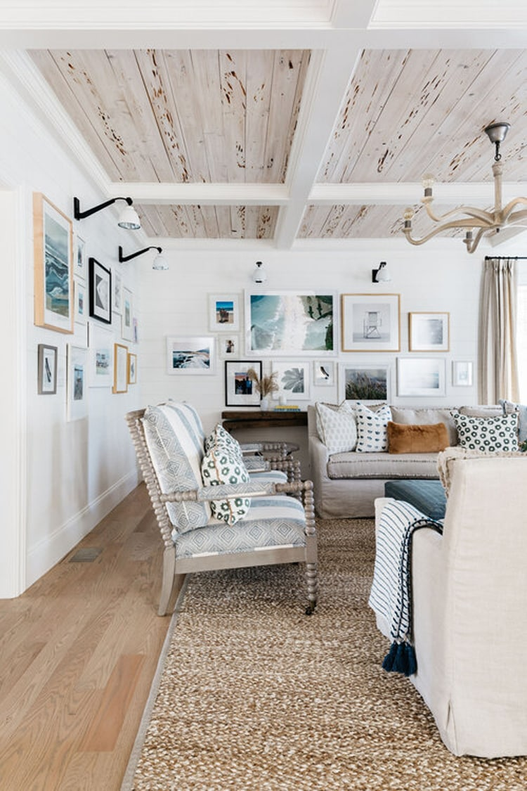 This gorgeous, coastal living room that Kate Markers Interiors created is so dreamy!