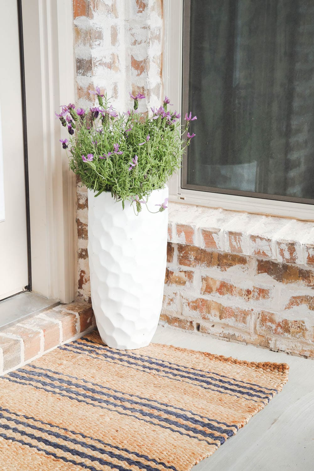 Add planters to your patio to help refresh your outdoor decor. #outdoordecor #patio #summerdecor #ABlissfulNest