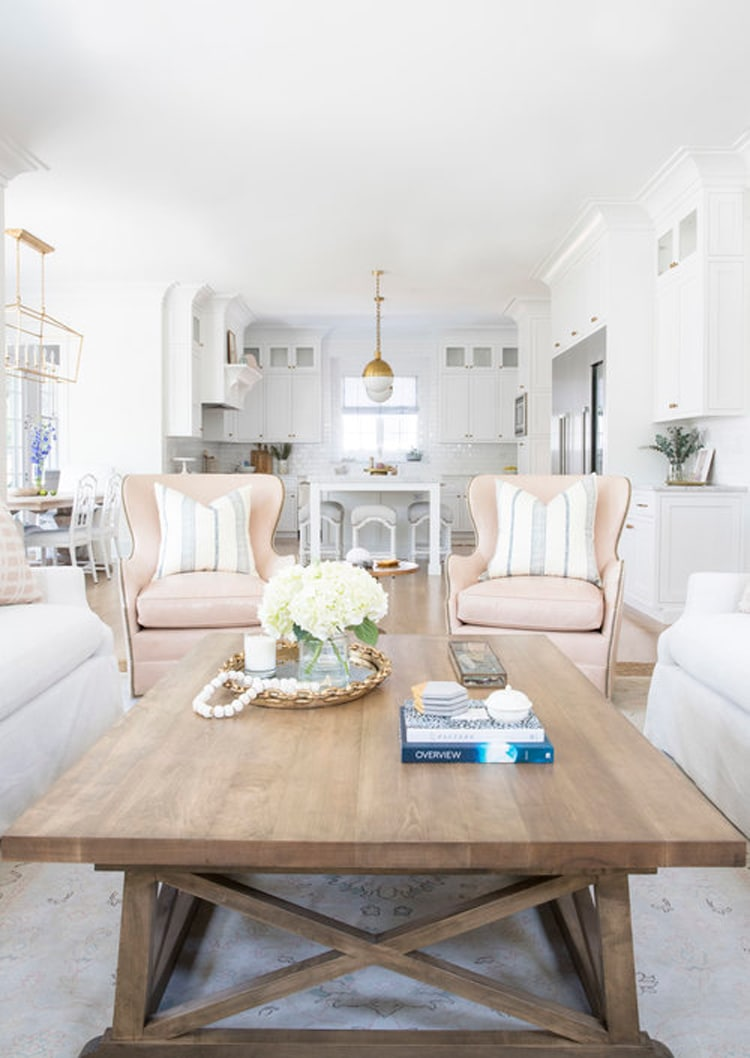 THe most beautiufl, open concept living space by Kate Markers!
