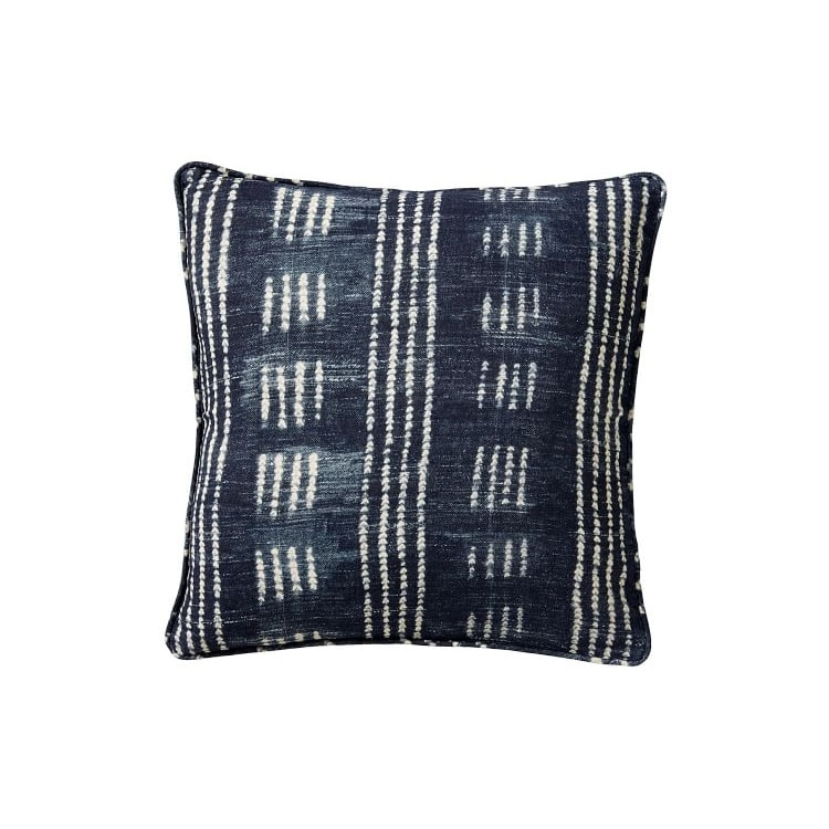 This beautiful navy throw pillow cover makes such a statement! #ABlissfulNest