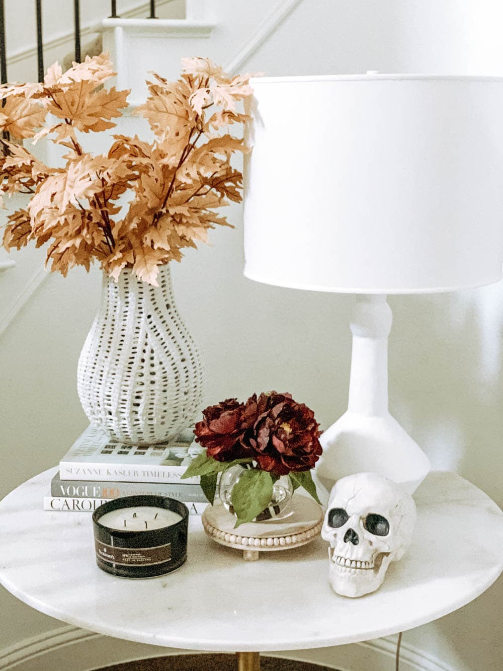 Halloween table decor. #ABlissfulNest #halloweendecor #halloweenideas